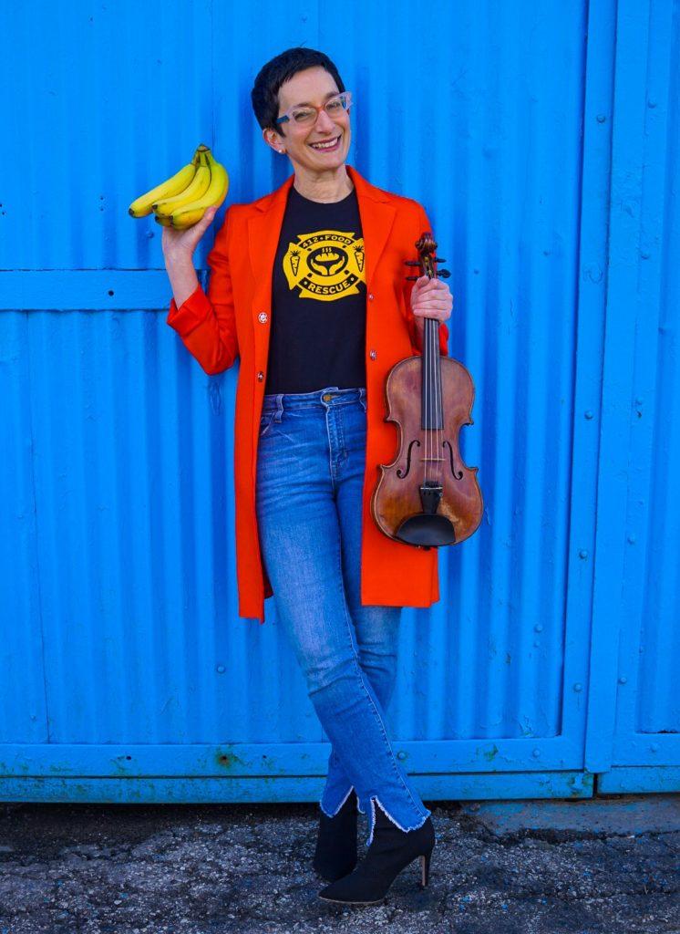 Lorien Benet Hart, Violin, Pittsburgh Symphony Orchestra Headshot